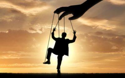 Τι κρύβεται πίσω από την «ανίερη συμμαχία» της πλειοψηφίας του ΣΕΤΑΠ;